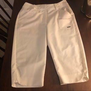 TEHAMA ivory Bermuda golf/sport shorts - sz 4